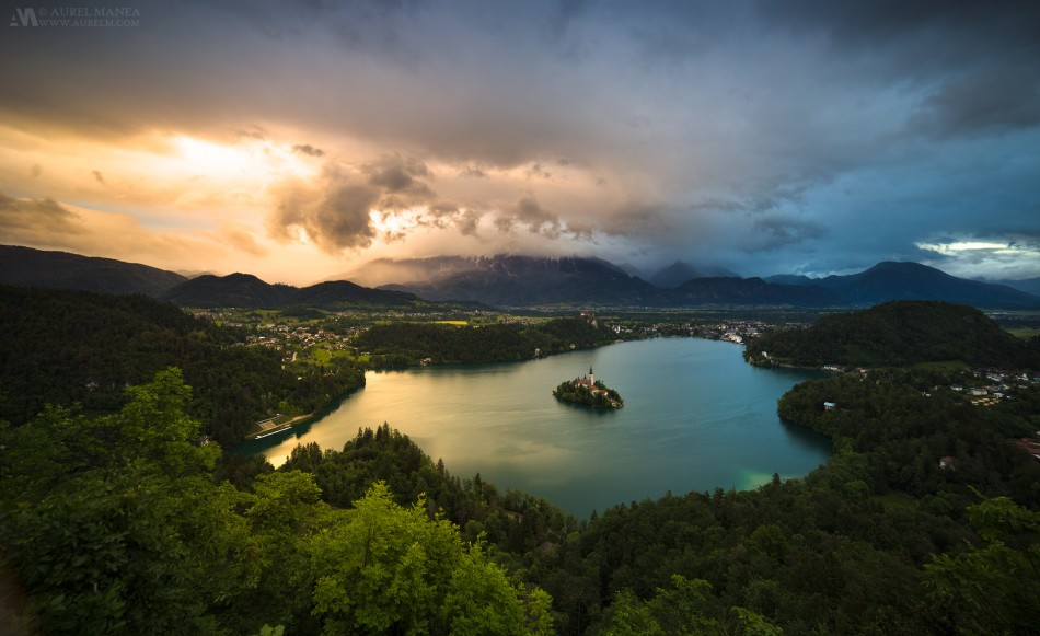 Bled-Lake-sunset-panorama