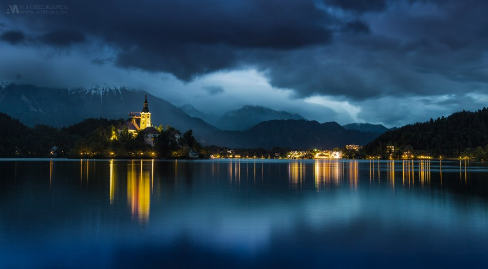 Bled-lake-at-night