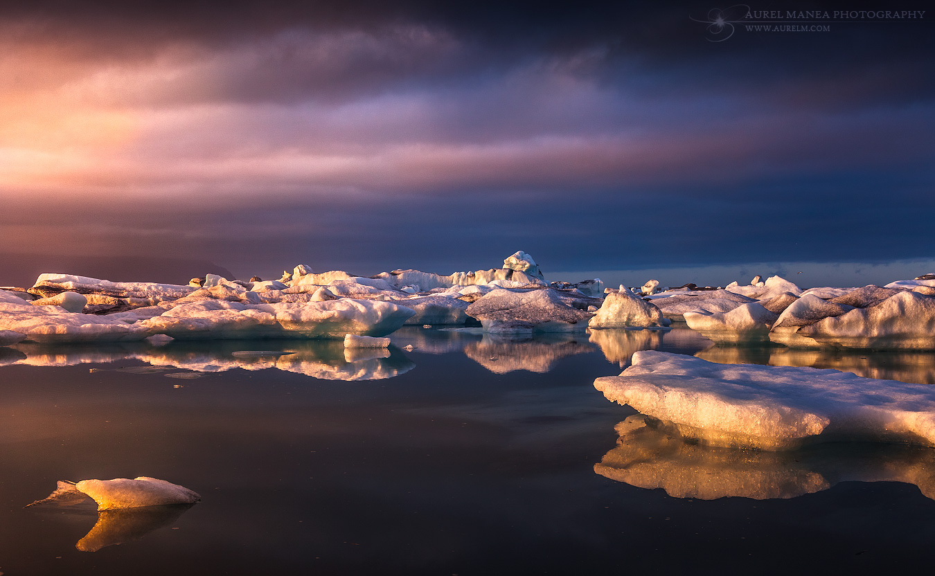 Jokulsarlon-sunset-in-Iceland-16