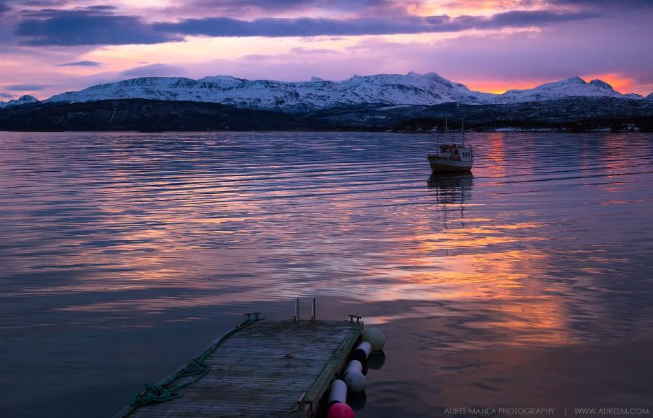 Lofoten-Boat-sunrise-03