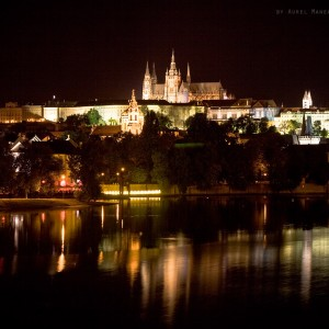 Prague-by-night-01