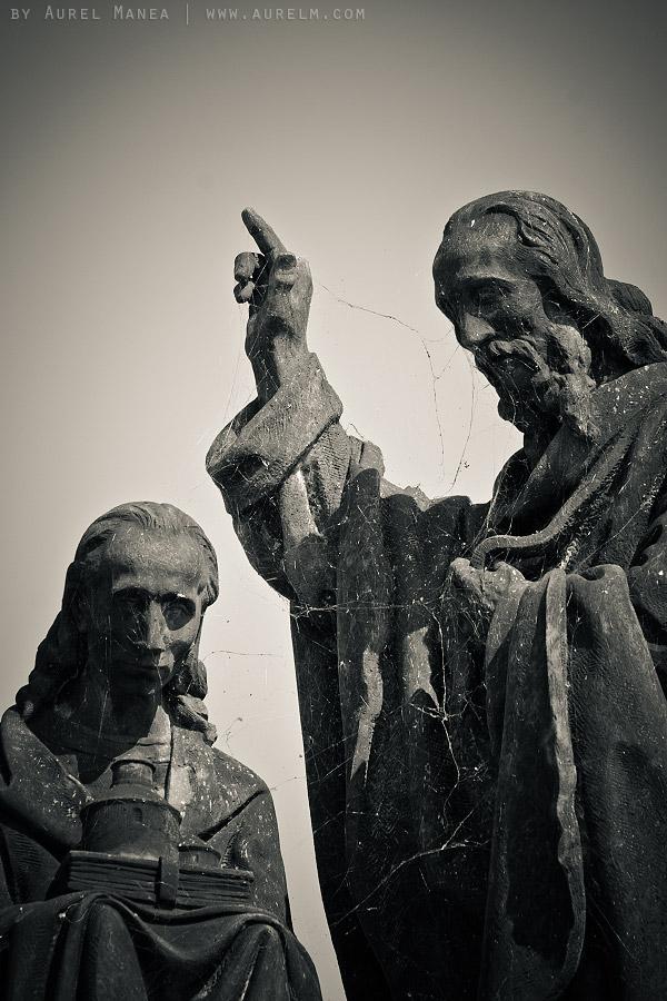 Prague-old-statue-03