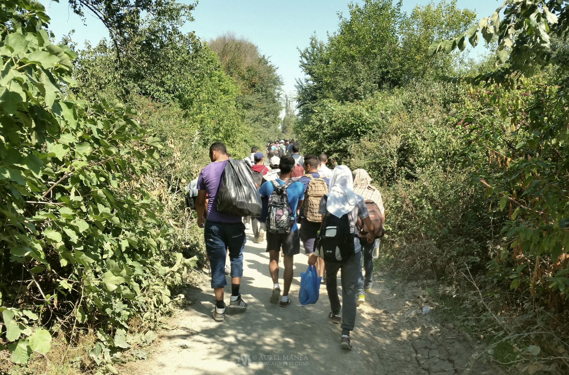 emigrants-Greece-Macedonia-border-04