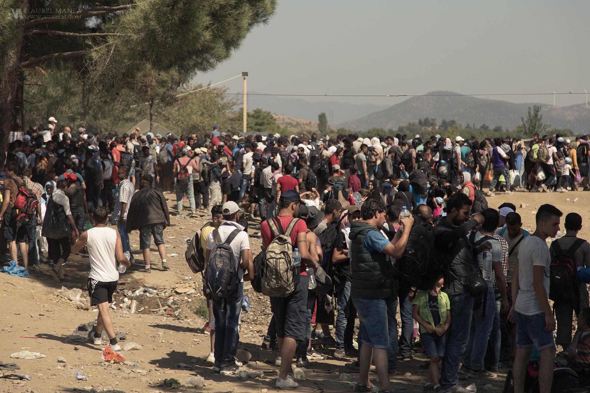 emigrants-Greece-Macedonia-border-05